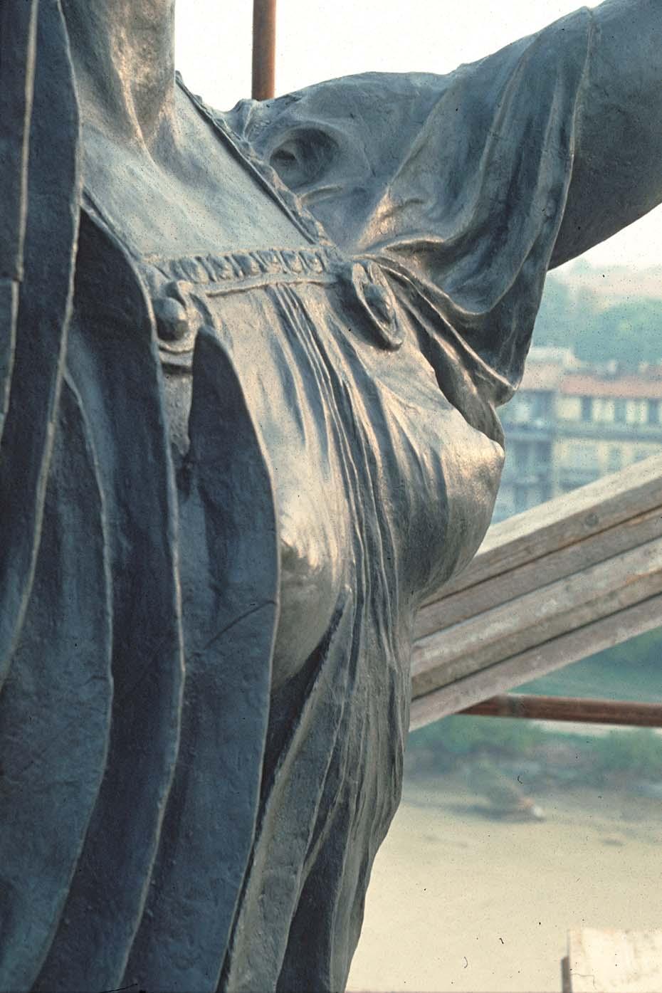 Arche-Restauri_Parma_1991-LaVittoria-16